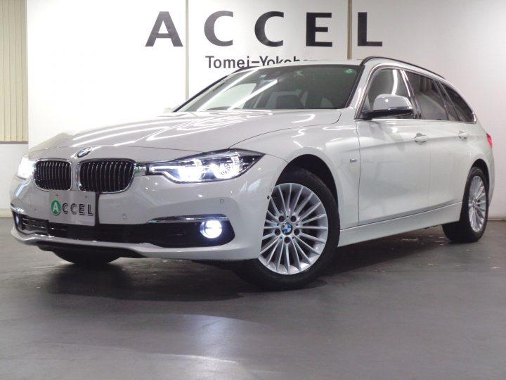 BMW 320i ツーリング ラグジュアリー ACC ブラックレザー/ヒーター 純正ナビ/カメラ 電動テールゲート LEDヘッドライト