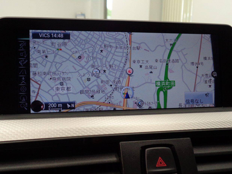 iDriveコントローラーで操作する純正HDDナビ&フルセグTV!