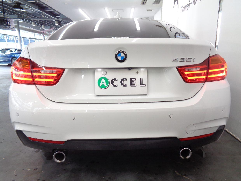 DTCやDSCなど先進のスタビリティコントロールを標準装備し、BMWは安全性能もフラッグシップです!