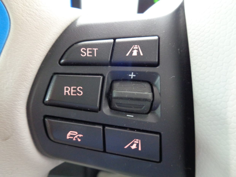 自動的に前の車についていき、渋滞時の疲労を軽減できるアクティブクルーズコントロール!