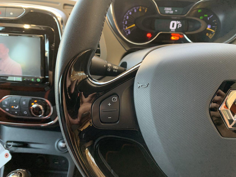 オートクルーズコントロール機能で長距離運転時にアクセル操作なしで速度を維持してくれます!