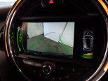 バックカメラ&パークセンサーを装備しているので、車庫入れもスムーズに行えます!