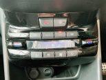 フルオートエアコンを装備で車内も快適!