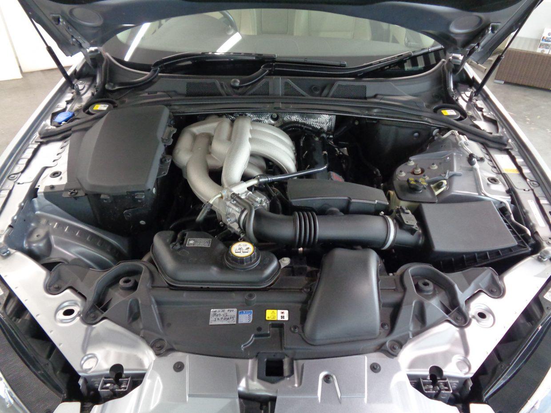 圧倒的なパフォーマンスと、しなやかに吹け上がる3.0リッターV6エンジン!