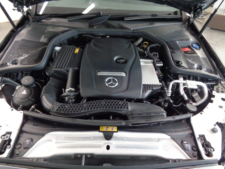 力強い加速と、すぐれた燃費経済性を両立させた2.0Lターボエンジン!