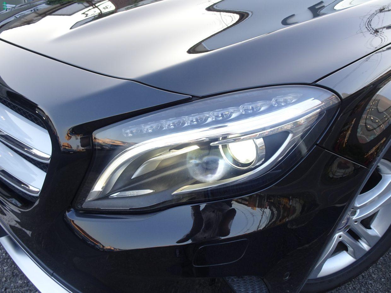 バイキセノンヘッドライト&LEDポジショニングライトが標準装備!