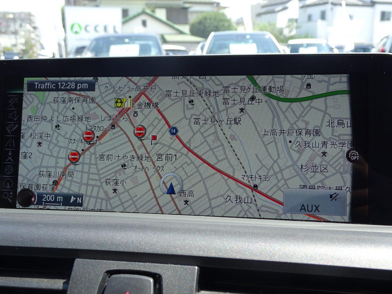 iDriveコントローラーで操作する純正HDDナビ!