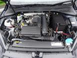 直列4気筒DOHC16バルブICターボエンジン搭載!