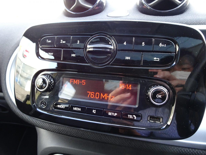 FM・AMラジオも聴けます!